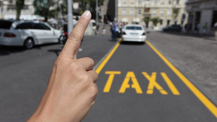 L'incredibile storia di un tassista che ha salvato una tredicenne